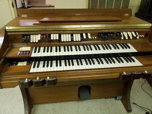 Organ..bedt offer for Sale in Stonecrest, GA