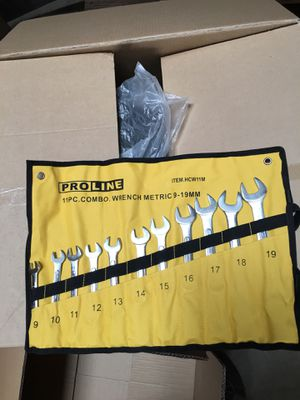 New metric 11pc combination wrench set for Sale in Ontario, CA