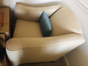 Couch and Chair set for Sale in Alexandria, VA