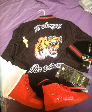Gucci Jacket,hat,socks SHOES ARE SEPARATE for Sale in Peoria, IL
