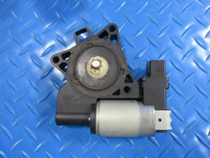 Mazda 3 5 CX front right window motor #5869 for Sale in HALNDLE BCH, FL