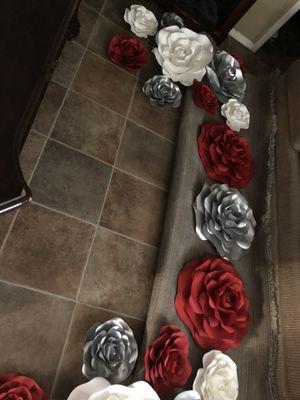 Paper flowers roses for Sale in Phoenix, AZ