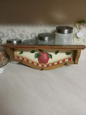 Shelf...Apple raised in the middle for Sale in Milton, FL