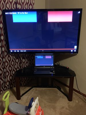 55in tv with stand for Sale in Lawton, OK