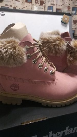 Brand new original timberland pink boots for girls size13 for Sale in Hartford, CT