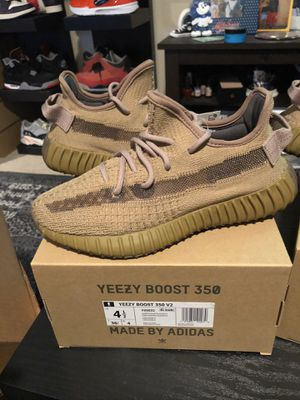 Adidas Yeezy 350 boost V2 earth size 4.5 and 6.5 $300 for Sale in Mercer Island, WA