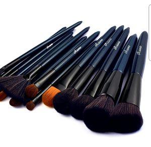 Makeup Brushes, 16pcs Premium Cosmetic Brush Set for Sale in Arlington, TX