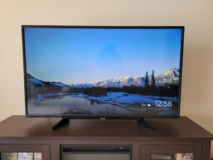 """Toshiba 49"""" led tv for Sale in Naperville, IL"""