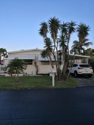 Mobile home for Sale in Coconut Creek, FL
