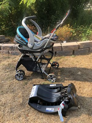 Stroller with car seat and base for Sale in Woodbridge, VA