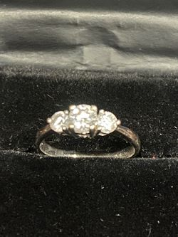 18 K White Puré Gold( Dimond ) Not Sure Ring 💍 for Sale in Covina,  CA