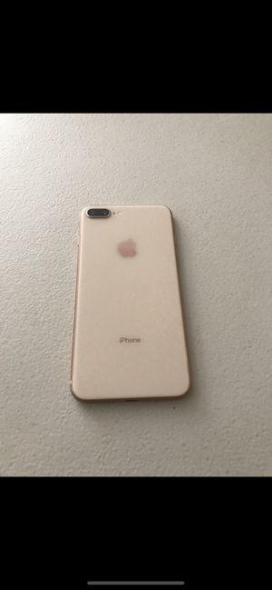 IPhone 8 Plus de 64gb for Sale in Visalia, CA