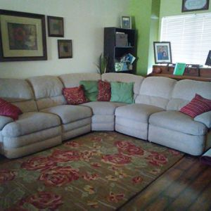 Sectional 5 piece sofa couch beige 2 recliners for Sale in Mesa, AZ