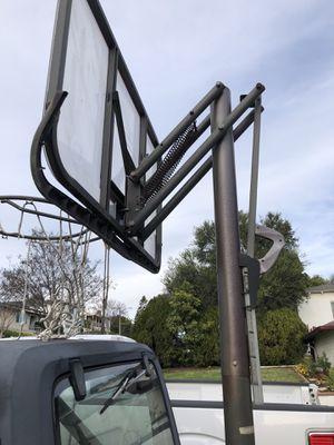 Lifetime Basketball Hoop Portable for Sale in Los Angeles, CA