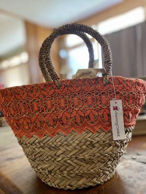 Cute straw purse w/ orange lace NEW for Sale in Ceres, CA