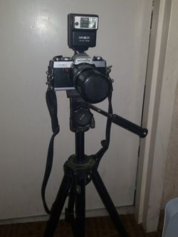 Tripod And Minolta Camera Set With Extra Lenses for Sale in Boise,  ID