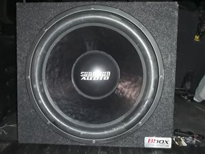 15in Sundown Audio for Sale in Glen Ellyn, IL