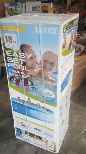 """Intex 18' x 48"""" Easy Set Above Ground Pool with Filter Pump for Sale in Houston, TX"""