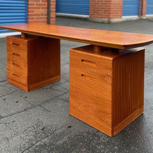 Beautiful Danish Teak Floating Top Desk for Sale in Auburn, WA