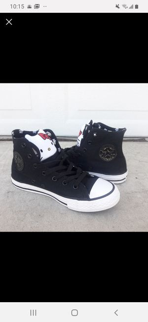 Converse kids size 2 Youth for Sale in Bloomington, CA