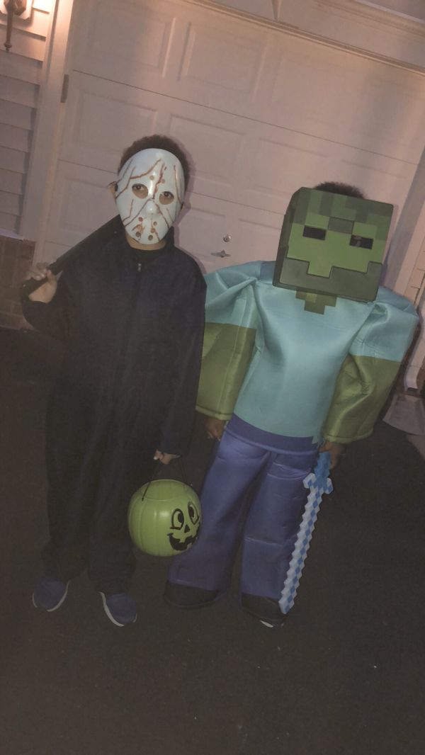 GRAB IT Minecraft Prestige Zombie Halloween Costume for Kids