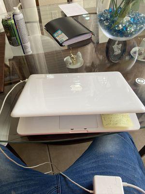 MacBook 2010 for Sale in Windermere, FL