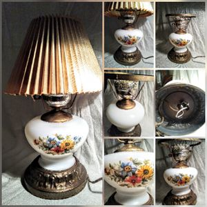 Antique white glass with floral print table/ desk lamp for Sale in Las Vegas, NV