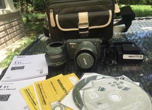 Nikon 1 s1 FULL PACKAGE for Sale in Hendersonville, TN