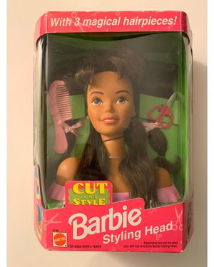 RARE - 90's Cut and Style Barbie Styling Head with 3 magical hairpieces for Sale in Las Vegas, NV