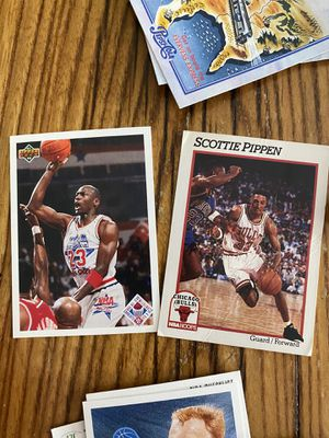 Michael Jordan, Scottie Pippen, Larry Bird cards for Sale in Spring Hill, TN