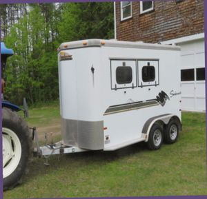 Price $1OOO/THIS IS A 2 HORSE TRAILER AMAZING LOOKS. for Sale in San Jose, CA