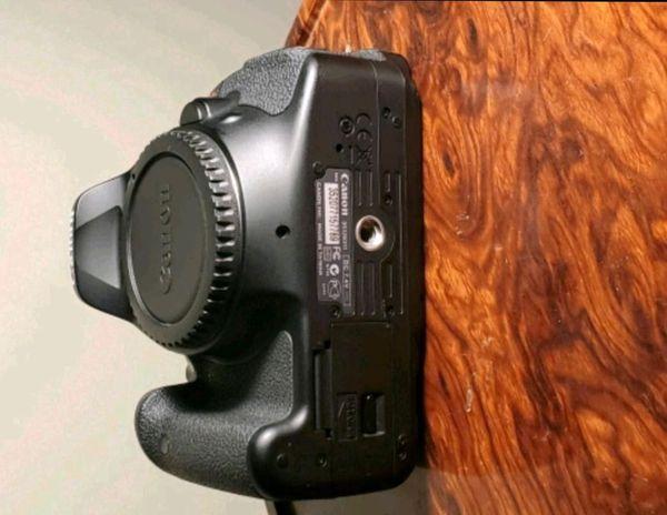 Canon T3I Camera
