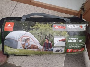 3 person dome tent for Sale in Las Vegas, NV