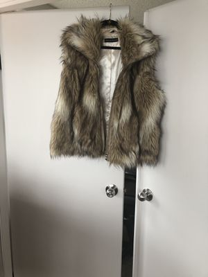 Pamela McCoy vest faux fur size 1x for Sale in Seattle, WA