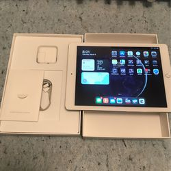 Apple iPad Air 2 64gb WiFi Excellent for Sale in Seattle,  WA