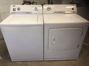 WHIRLPOOL WASHER AND DRYER FOR SALE for Sale in Port Richey, FL