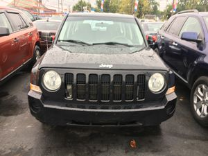 2009 Jeep Patriot 5 speed for Sale in Cleveland, OH
