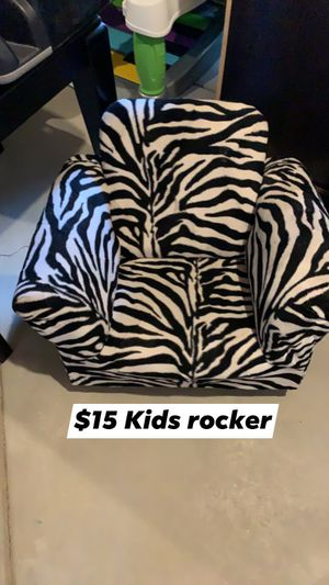 Kids Rocking Chair for Sale in Aurora, CO