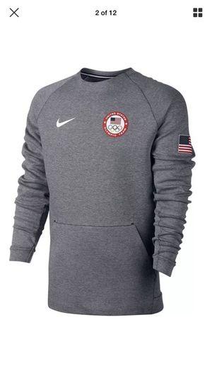 NIKE® SPORTSWEAR TECH FLEECE MENS LARGE TEAM USA OLYMPIC SWEATSHIRT 807601 RARE for Sale in Ashburn, VA