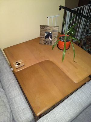 MID CENTURY MODERN HEYWOOD WAKEFIELD CORNER TABLE - M1590 - CHAMPAGNE for Sale in Bloomington, IL
