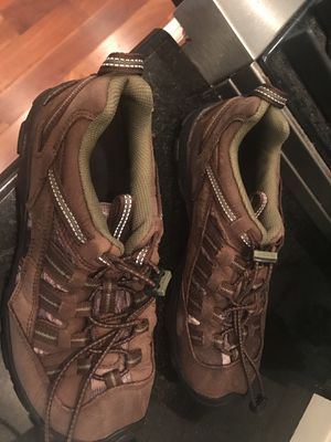 Keen shoes youth size 6 for Sale in Gig Harbor, WA