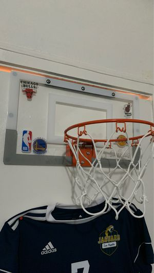 Basketball hoop for Sale in Compton, CA