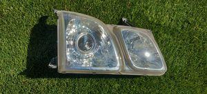 1998 lexus lx 470 right headlight for Sale in Kent, WA