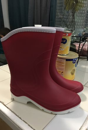 Rain boots for Sale in Miami, FL
