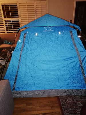Gift? INSTANT TENT 4-5 Person Sheng Yuan Automatic Camping Professional 2-door, 2- window for Sale in Spring Valley, CA