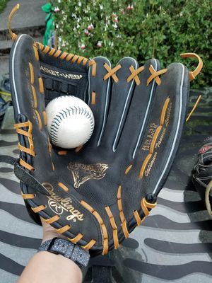 Rawlings glove for Sale in Federal Way, WA