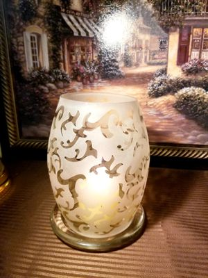 Beautiful Tea Light/ Candle Holder for Sale in Romeoville, IL