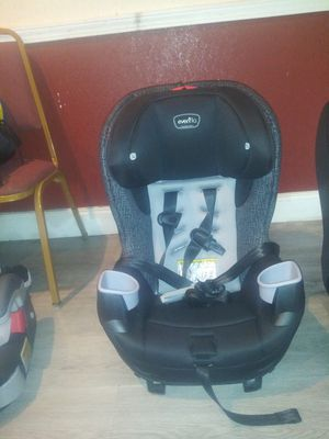 Evenflo Convertible Car Seat for Sale in Norcross, GA