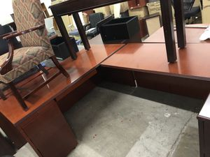 Office furniture with delivery for Sale in Doraville, GA