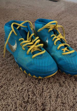 Kyrie basketball shoes size 7 for Sale in Rockville, MD